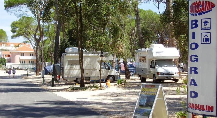 More about Mobile Homes Camping Biograd