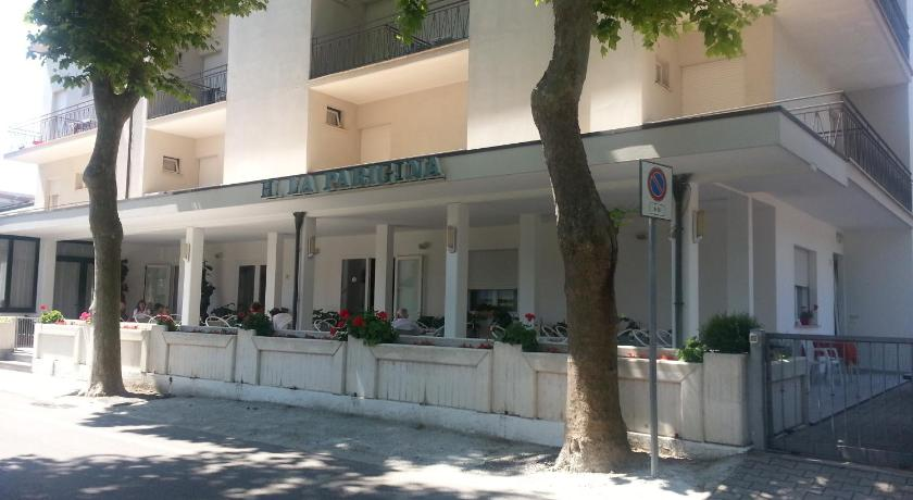 More about Hotel La Parigina