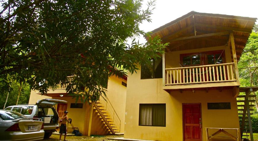 More about Cabinas Los Laureles