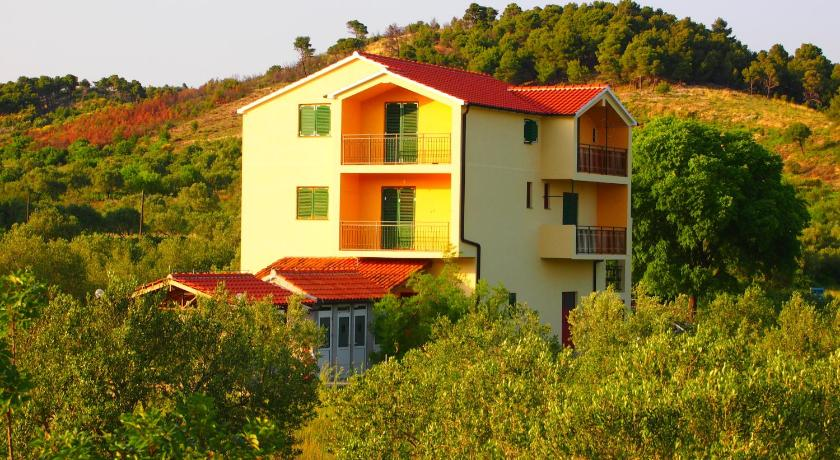 More about Guest House Skradinski Dvori