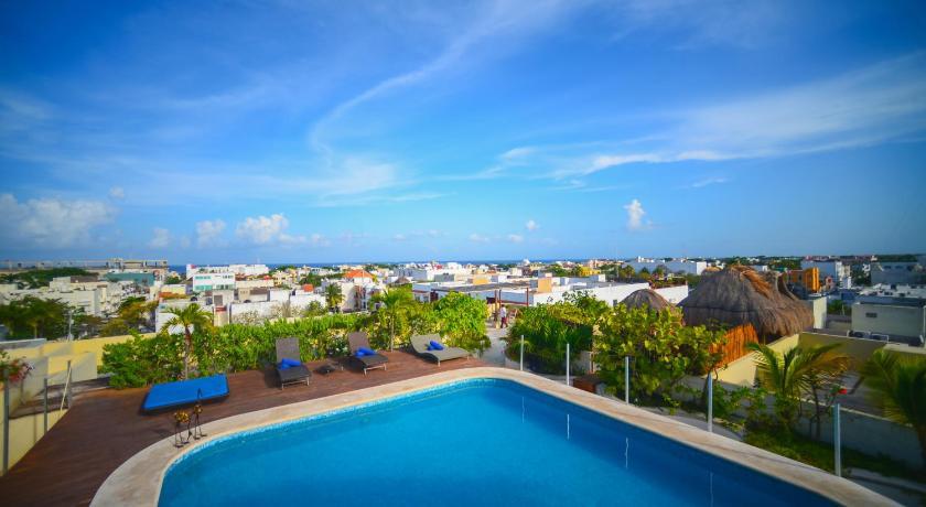Best time to travel Mexico Encanto Riviera Condo Hotel