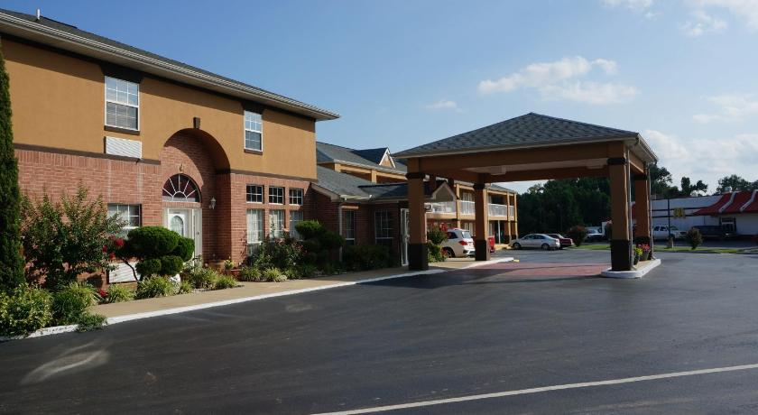 More about Budget Inn Beebe