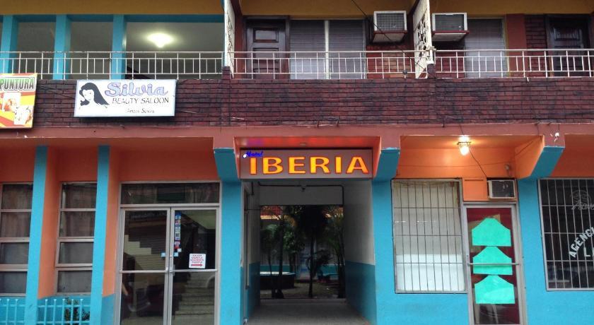 Best time to travel La Ceiba Hotel Iberia