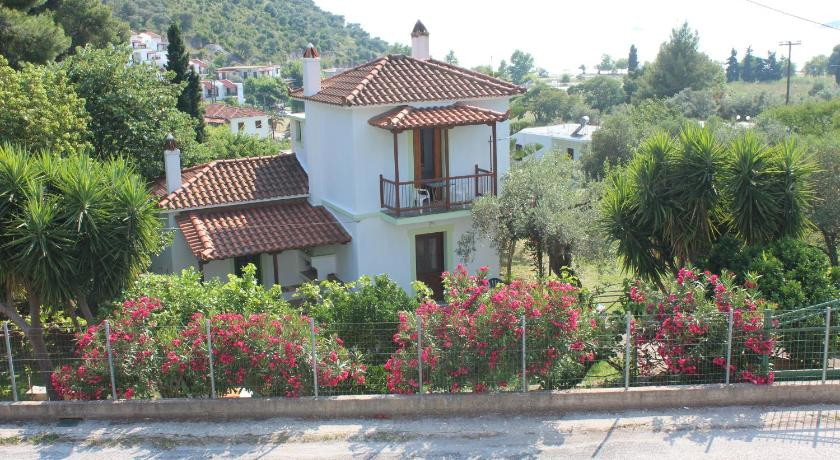 More about Elios Summer House