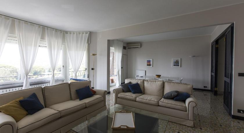 Three-Bedroom Apartment Poggio Fiorito