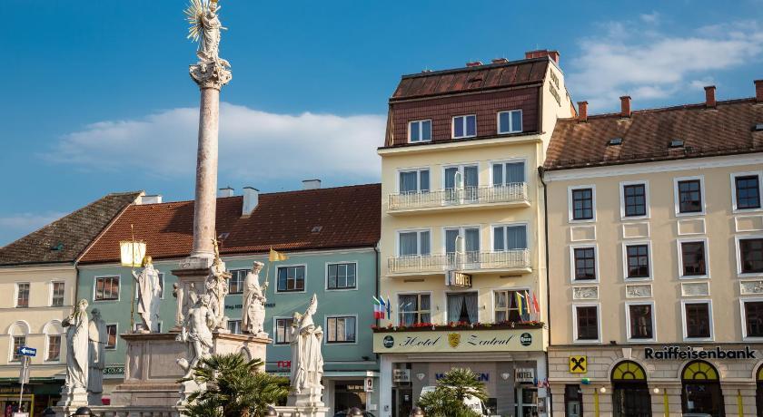 Best time to travel Wiener Neustadt Hotel Zentral