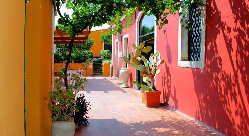 Best time to travel Italy Agriturismo Roccadia