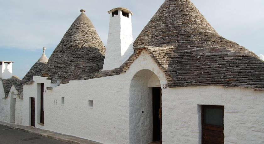 Trullo (4 Adults)