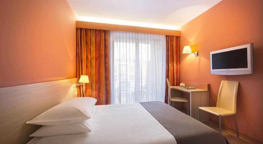 Standard Single Room Remisens Hotel Lucija