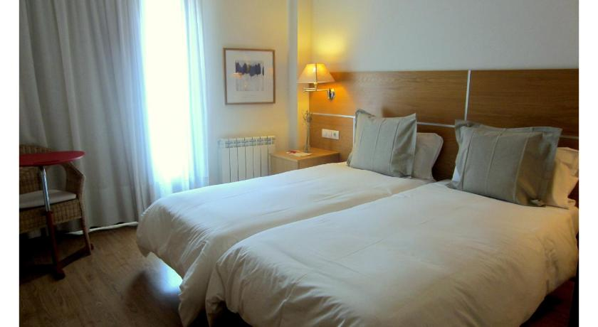 Best time to travel Spain Hotel Rural Latxanea