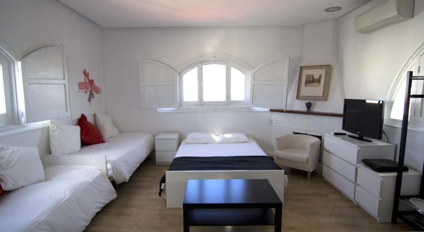 Best time to travel Spain Torreon Sol Apartment