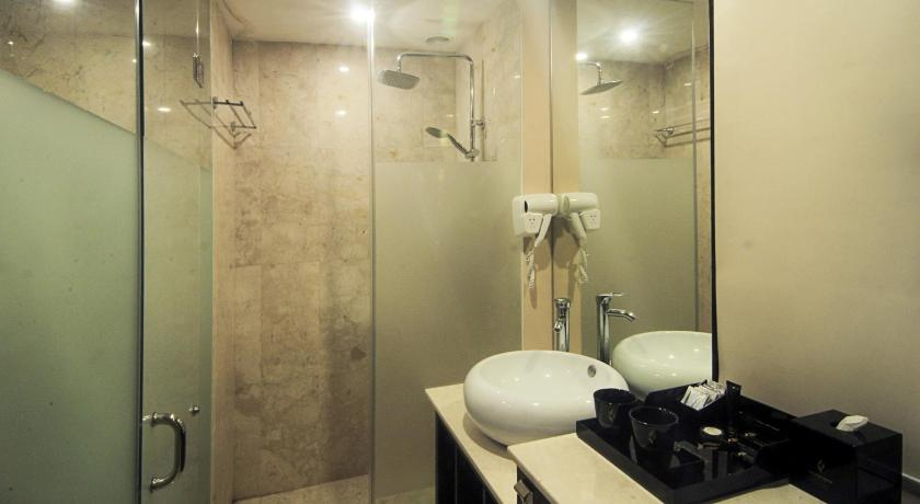 Grand Edge Hotel Semarang In Indonesia Room Deals Photos Reviews