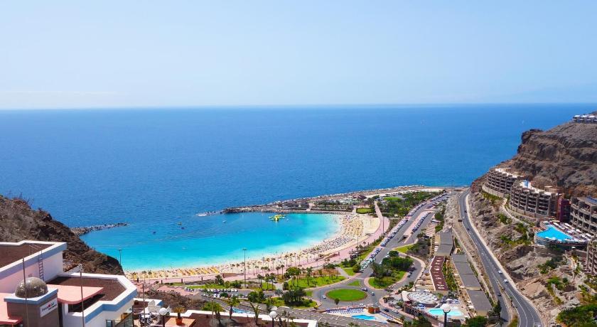 Deals On Holiday Club Vista Amadores In Gran Canaria