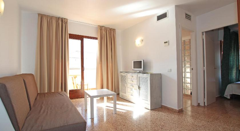 Best time to travel Spain Apartamentos Ripoll Ibiza