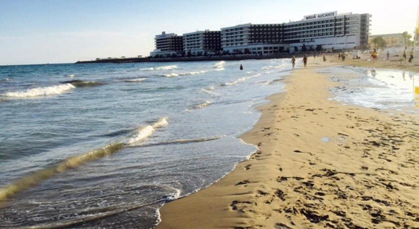 Best time to travel Alicante Altamira Apartments