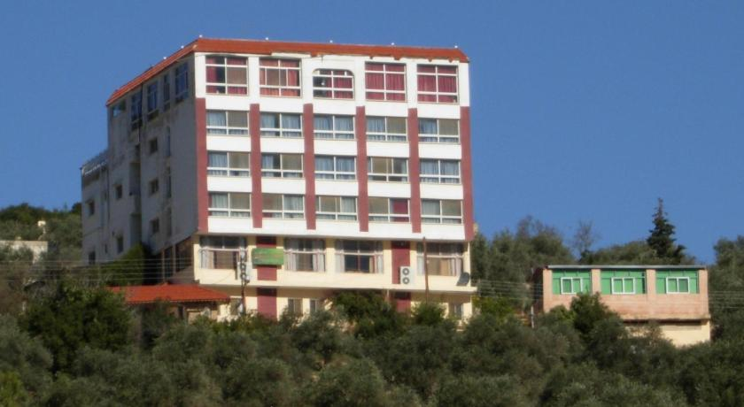 Best time to travel Jordan Ajloun Hotel