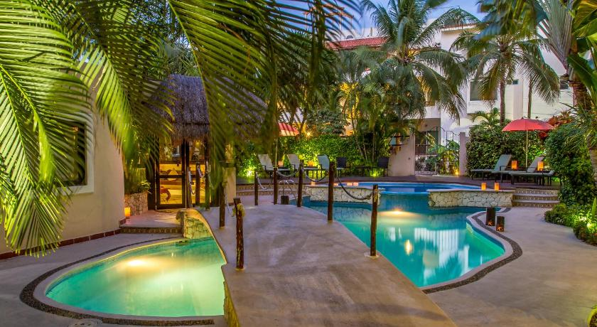 Best time to travel Mexico Hotel Riviera Del Sol