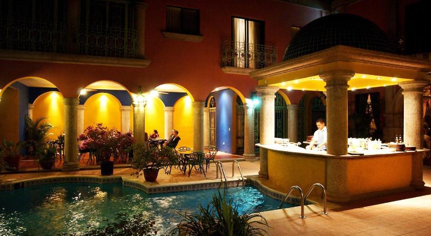 Best time to travel Honduras Hotel Portal del Angel