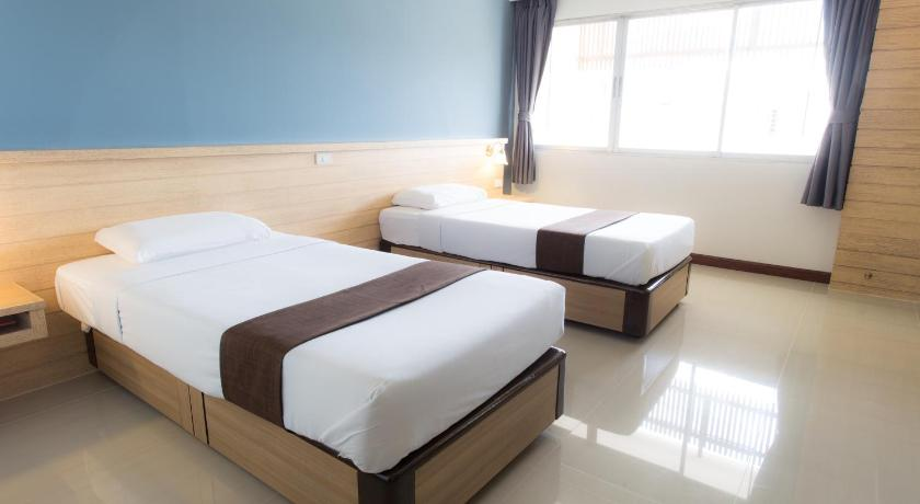 Superior Twin Room Asia Lampang Hotel