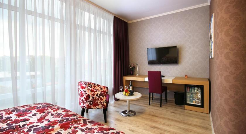 Standard Double Room City Park Hotel