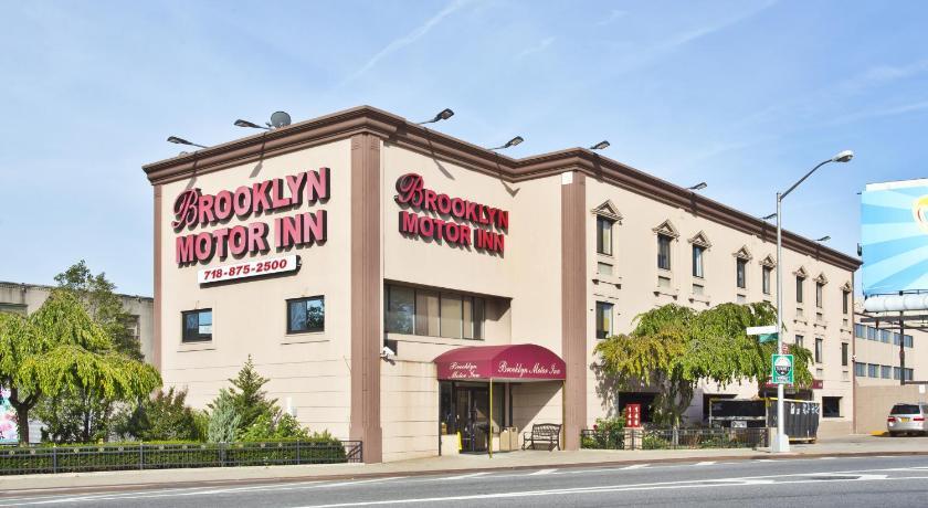 Best time to travel Manhattan Brooklyn Motor Inn