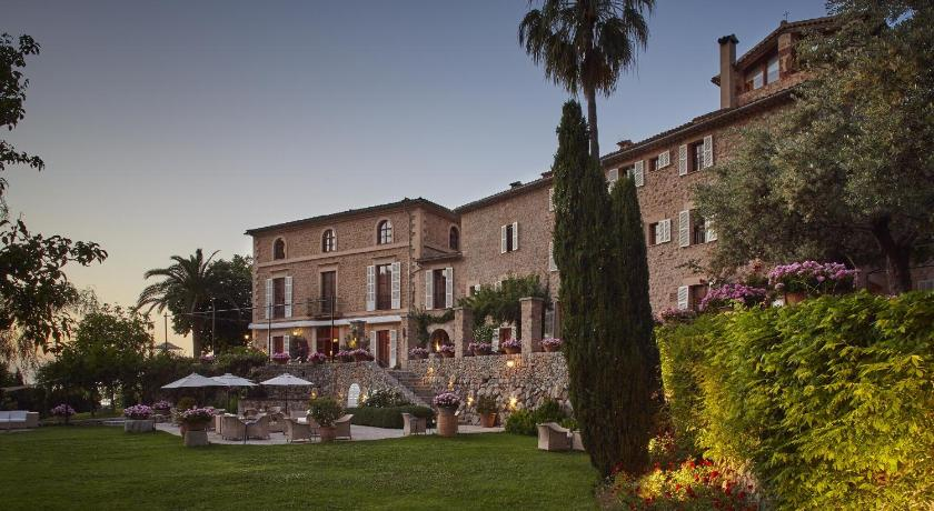 Best time to travel Palma de Mallorca Belmond La Residencia
