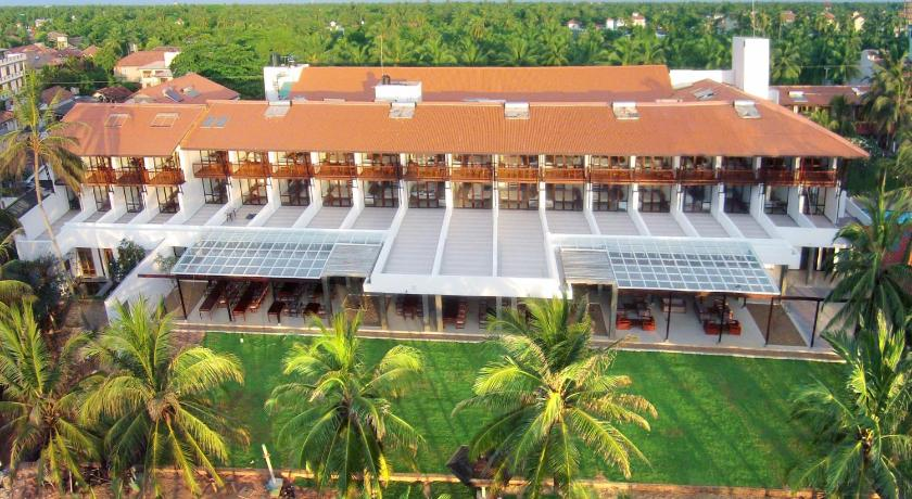 Best time to travel Negombo Goldi Sands Hotel
