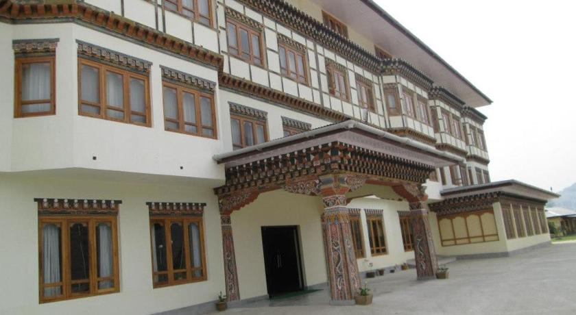 Best time to travel Bhutan Pema Karpo