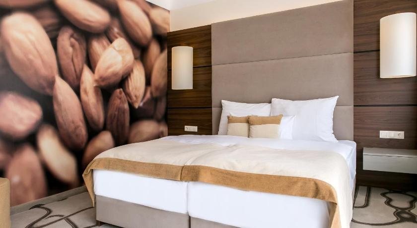 Superior Double or Twin Room with Balcony - Fragrance Room Ambient Hotel & Aroma Spa