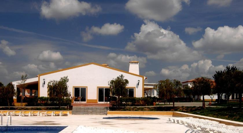 Best time to travel Portugal Clube de Campo Vila Gale