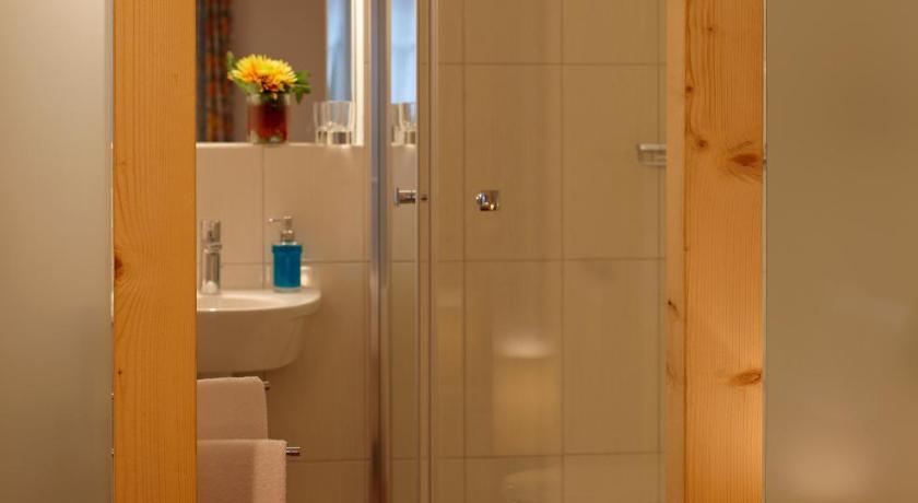 1 bis 1.5 Zimmer Wohnung mieten in Adligenswil - mxmbers.com