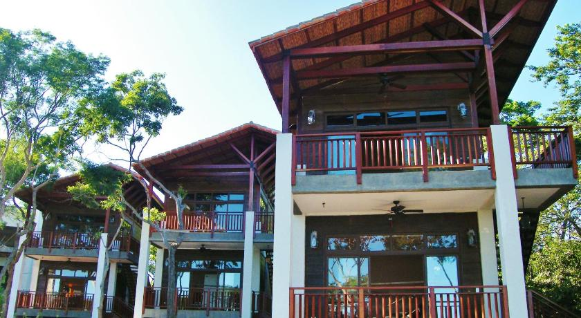 Pacaya Lodge and Spa
