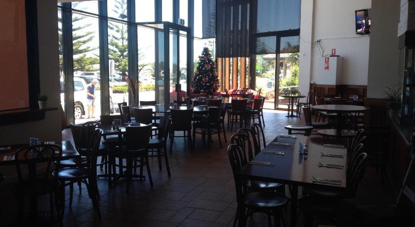 The Central Hotel Motel Lakes Entrance 321 Esplanade Lakes Entrance