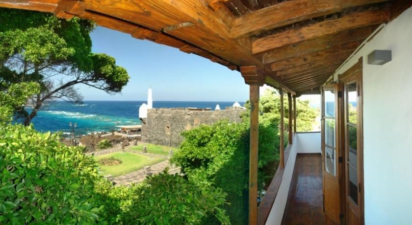 Best time to travel Buenavista del Norte Isla Baja Suites