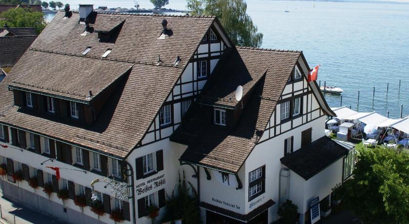 Best time to travel Switzerland Weisses Rössli