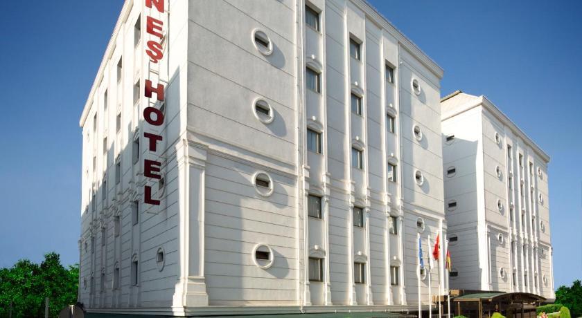 Best time to travel Turkey Güneş Hotel Merter
