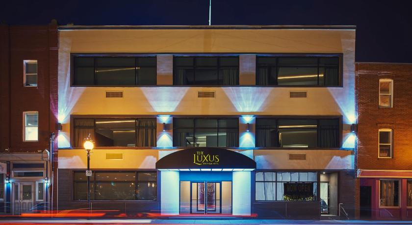 Best time to travel Canada The Luxus Boutique Hotel