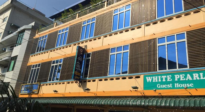 Best time to travel Myeik Whitepearl Guest House
