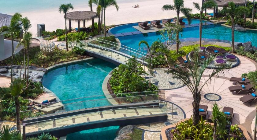 Best time to travel Dededo Dusit Thani Guam Resort