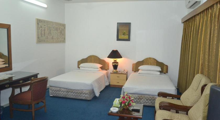 Best time to travel Dhaka Marriott Guest House