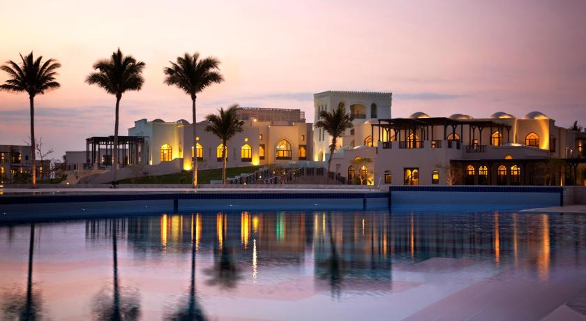 Best time to travel Oman Salalah Rotana Resort