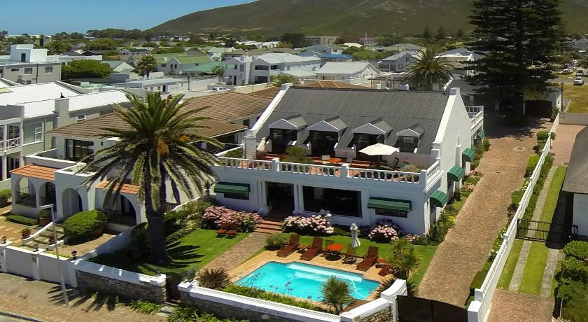 Best time to travel South Africa La Fontaine Guest House Hermanus