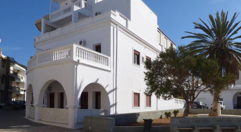 Best time to travel Karpathos White House Hotel-Apart