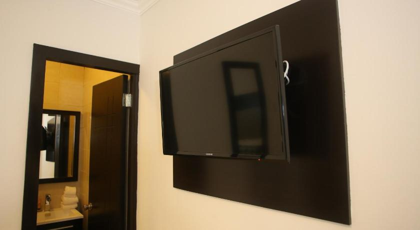 Standard Room Parking Level Aranjuez Hotel & Suites