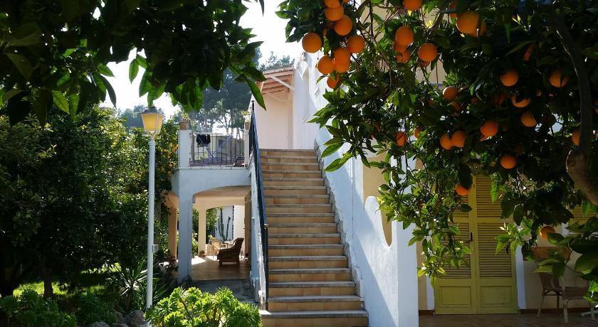 Best time to travel Majorca Amistad