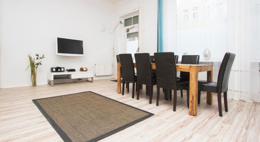 Best time to travel Pankow primeflats - Apartment for Families and Groups 26
