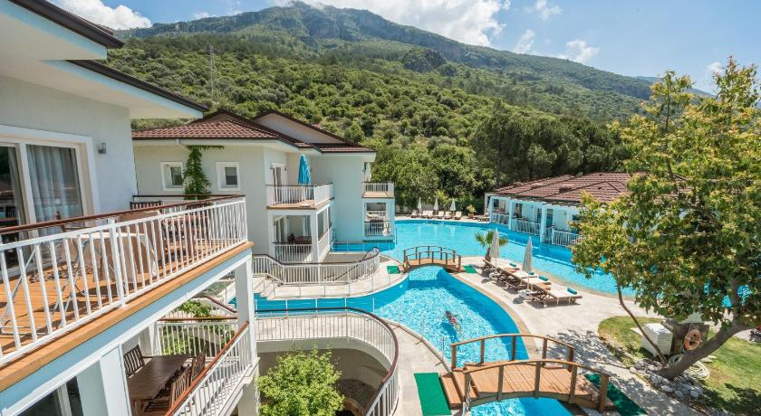 Best time to travel Ölüdeniz Mozaik Hotel