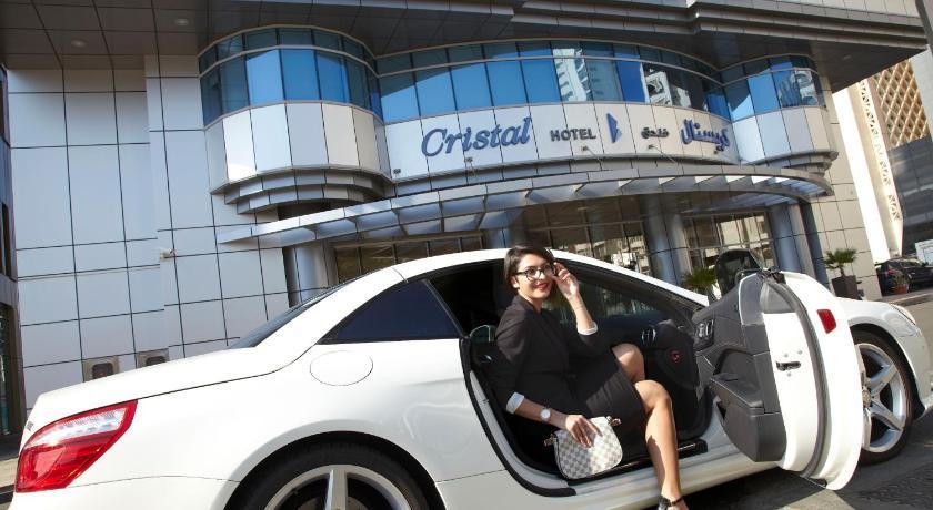 Best time to travel Abu Dhabi Cristal Hotel Abu Dhabi