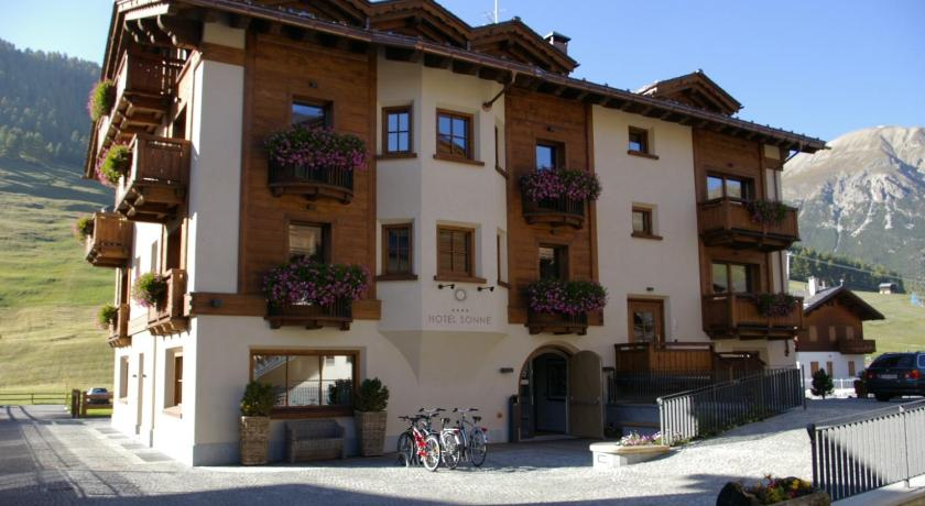 Best time to travel Italy Eco & Wellness Boutique Hotel Sonne