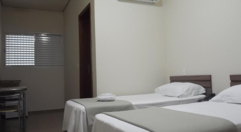 Twin Room Sallimas Hotel